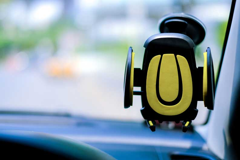 A Guide To The Best Uber Accessories You Need As A Driver